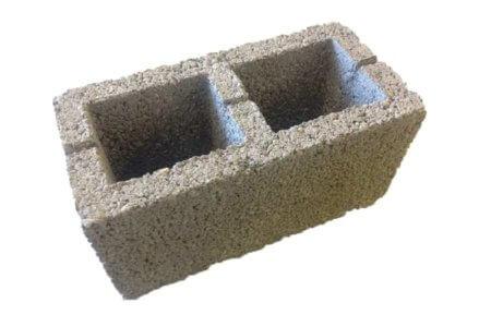 блок стеновой с двумя пустотами для ограждающих конструкций