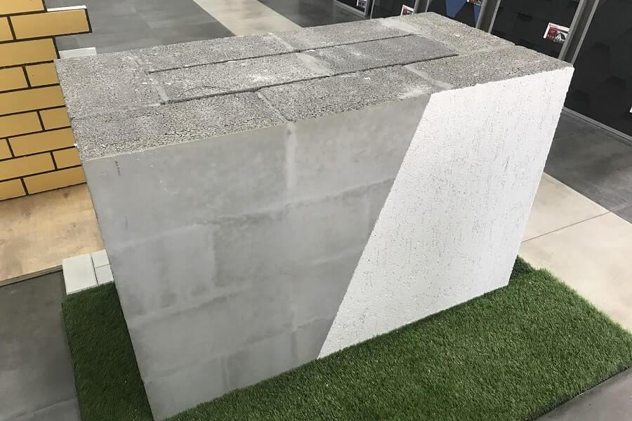фрагмент стены керамзитобетонные блоки 60 см без утепления с отделкой